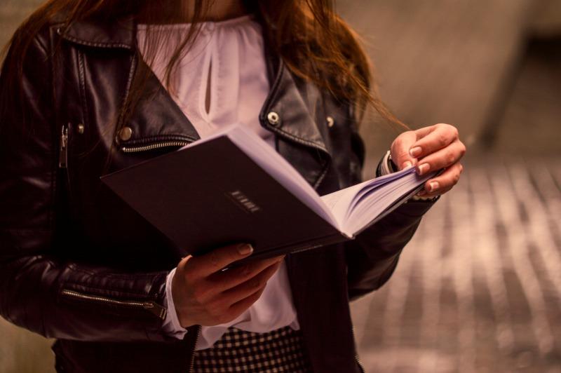 Πώς να διαβάζετε περισσότερο
