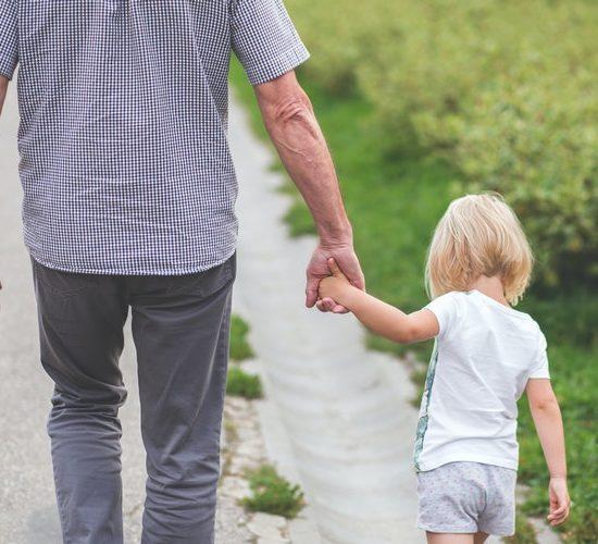 Παππούδες και παιδιά: Μια ξεχωριστή και υπέροχη σχέση
